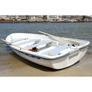 Продаем лодку Terhi 440