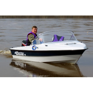 Продаем лодку (катер)  Бестер 400 капотная